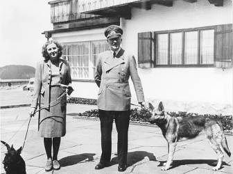 A.Hitleris su meiluže E.Braun