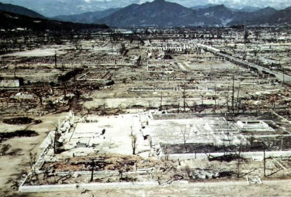 Per miesto griuvėsius praūžė ugnies tornadas