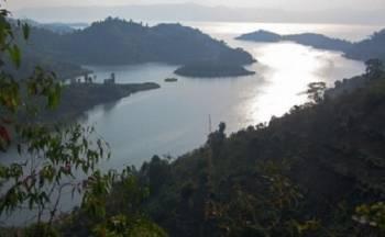 Monuno ežeras